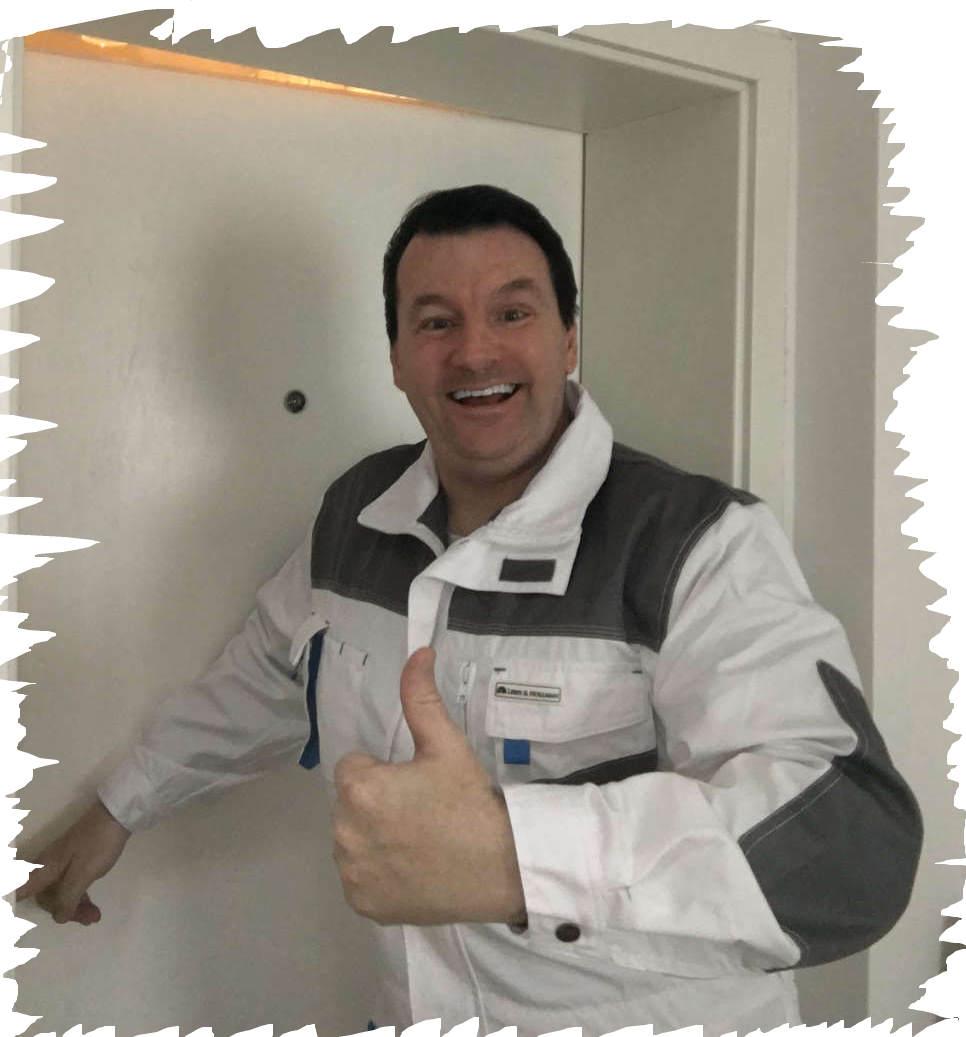 Schlüsseldienst Laurensberg Monteur Karl beherrscht viele Tür Öffnen Tricks und hilft ihnen in wenigen Sekunden